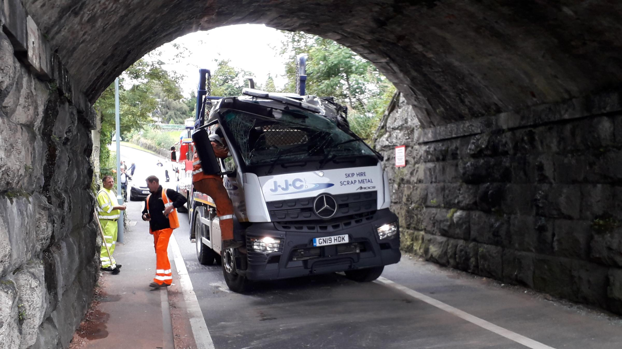 Major delays in Kendal after lorry hits bridge