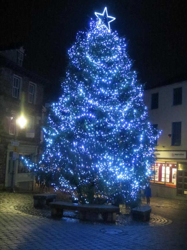 The Christmas tree in Kendal Market Place