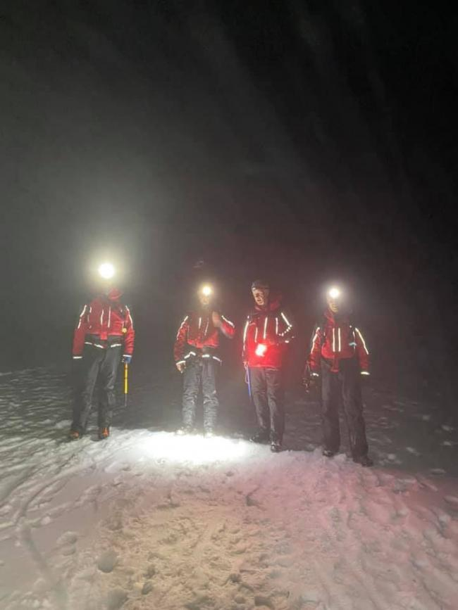 Mountain Rescue Team called to top of Helvellyn to aid walkers