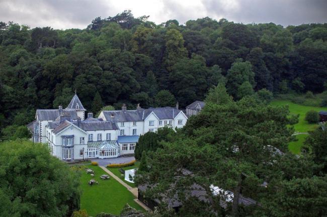Lambert Manor in Grange-over-Sands