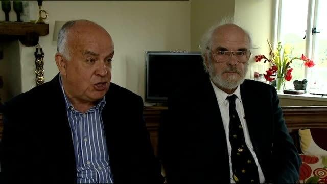 Roger Chapman (left) and Roger Mallinson (right)