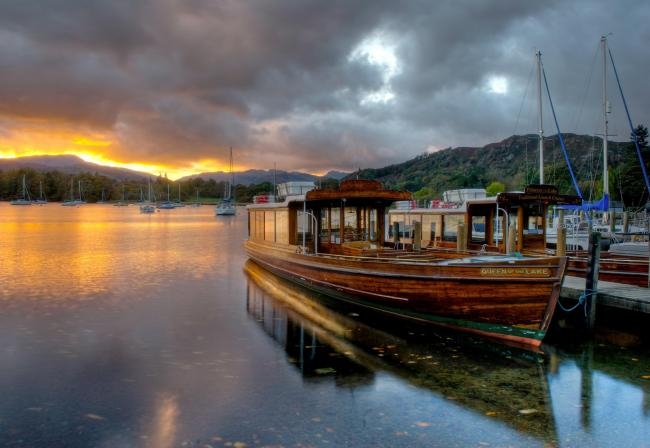HIRE: Lake Windermere at Waterhead, Cumbria