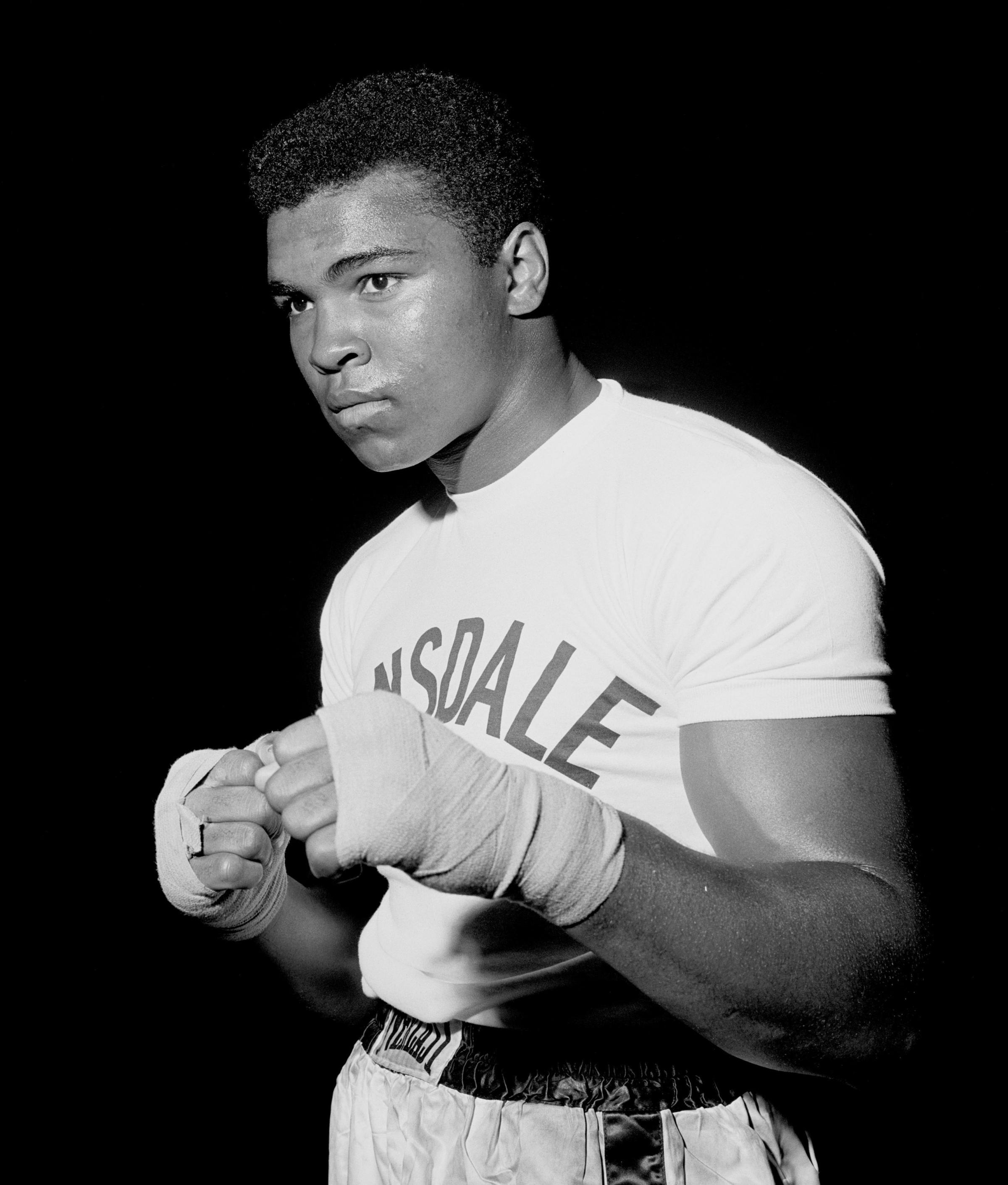 TV highlight: The Greatest – the life of Muhammad Ali in 10 shots