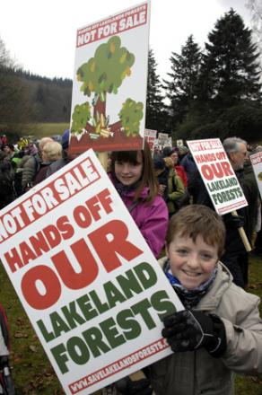 PROTEST: 1000's gathered to vote against the plans