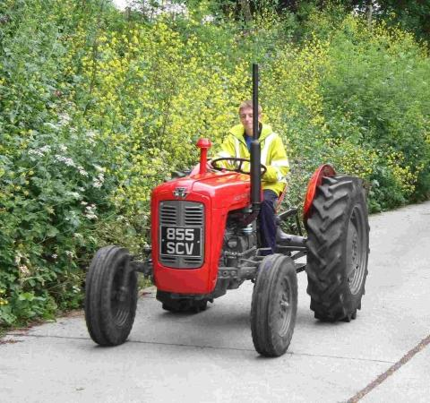 Charity vintage tractor road run to take place in memory of Eden farmer