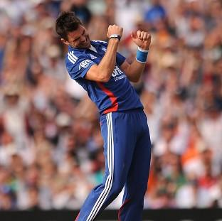 James Anderson skittled South Africa's lower order on his way to a four-wicket haul