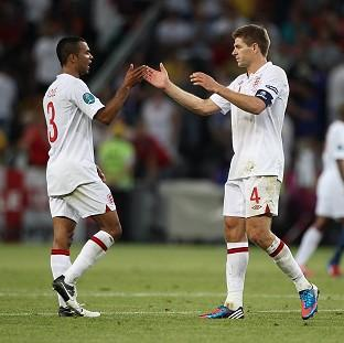 Steven Gerrard, right, and Ashley Cole, left,
