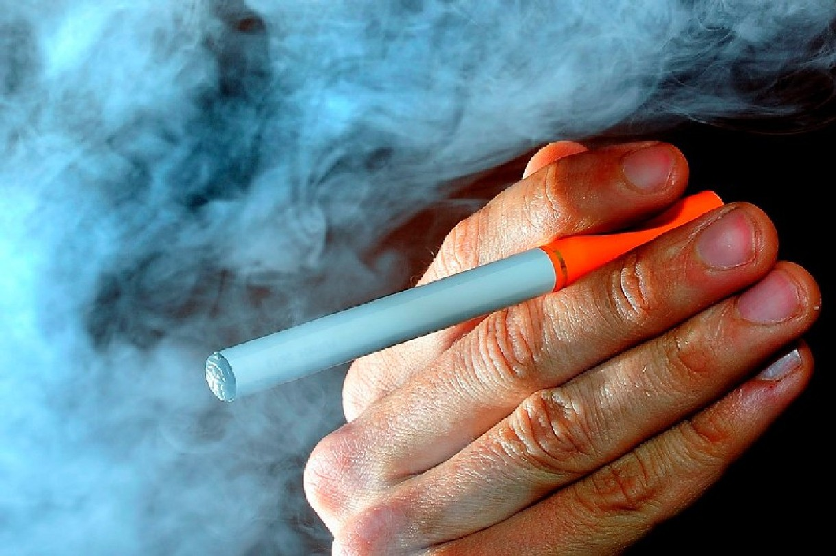 Urswick pub becomes one of the first in the country to ban electronic cigarettes