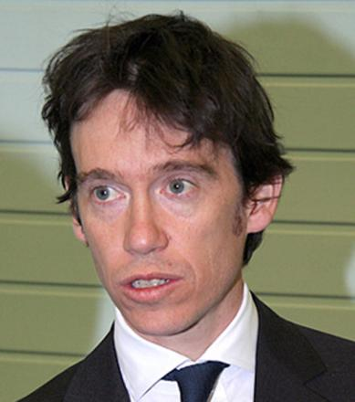 MP Rory pays into credit union