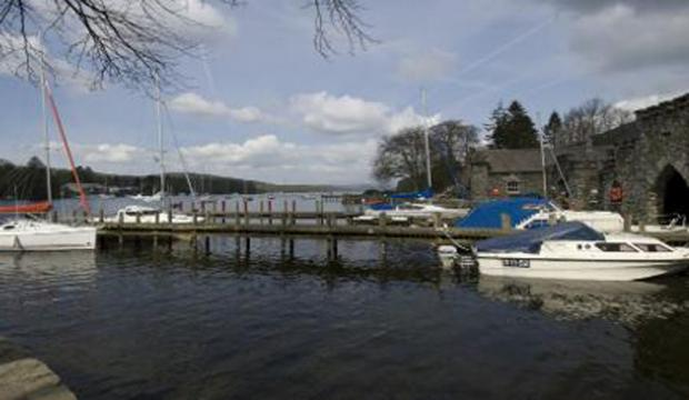 The jetty and boat at Fell Foot Park (Picture @National Trust)