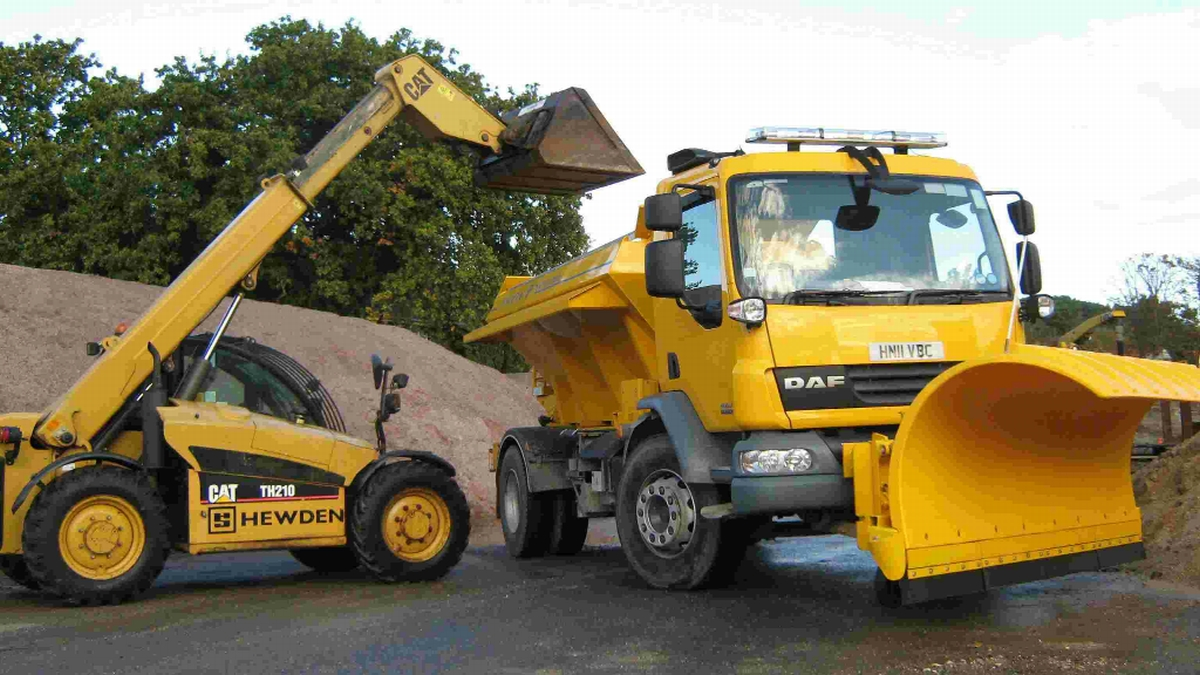 Gritters out to tackle overheating roads in Cumbria