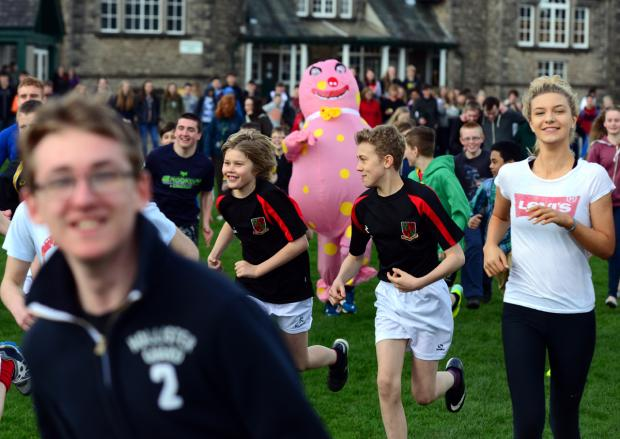 Pupils running for Sports Relief