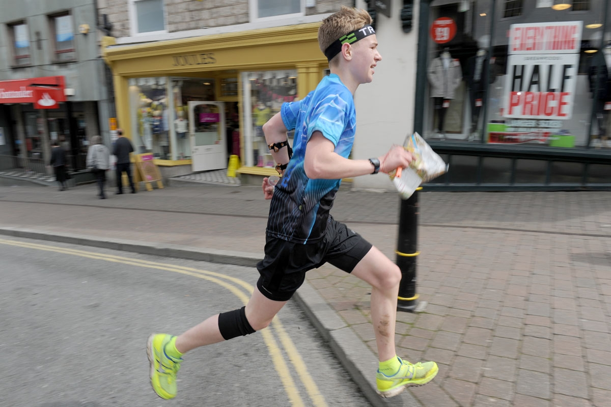 Rowan Capper sprints to the finish in Kendal town centre