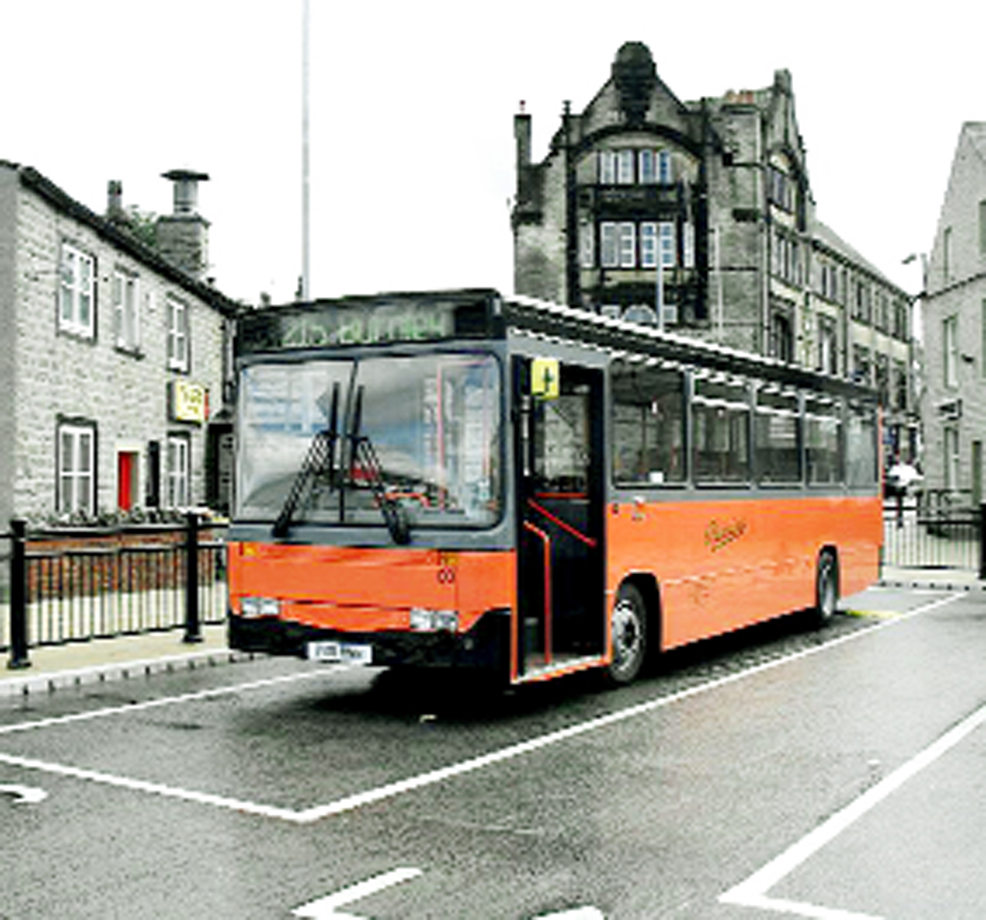 Talks under way to replace vital bus link between Ingleton and Skipton