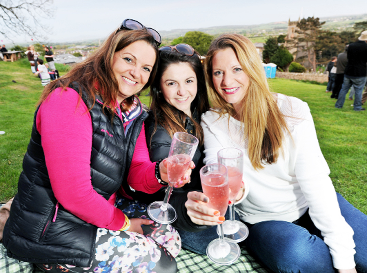Angela Grimshaw, Nina Ritchie and Mia Freedman enjoy a tipple at the festival
