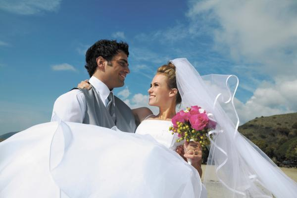 Firms urged to take part in North West weddings show