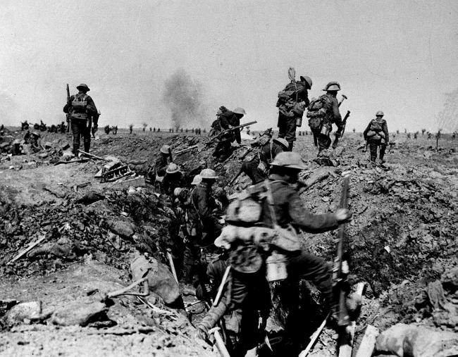 British Troops going over the top to support an attack by XIV Corps on Morval during the Battle of the Somme in the 1914-1918 First World War