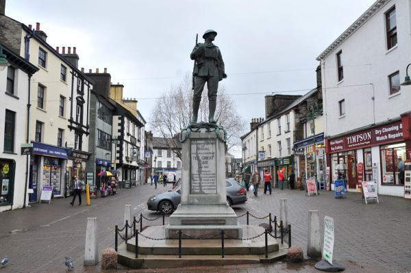 FOCUS: Kendal War Memorial is location for poignant gathering at 10pm tonight