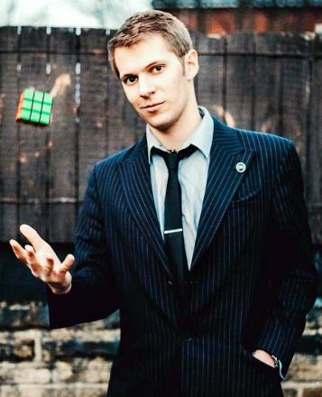 Kendal magician Chris Cook has taken his show Charlatan to the Edinburgh Fringe