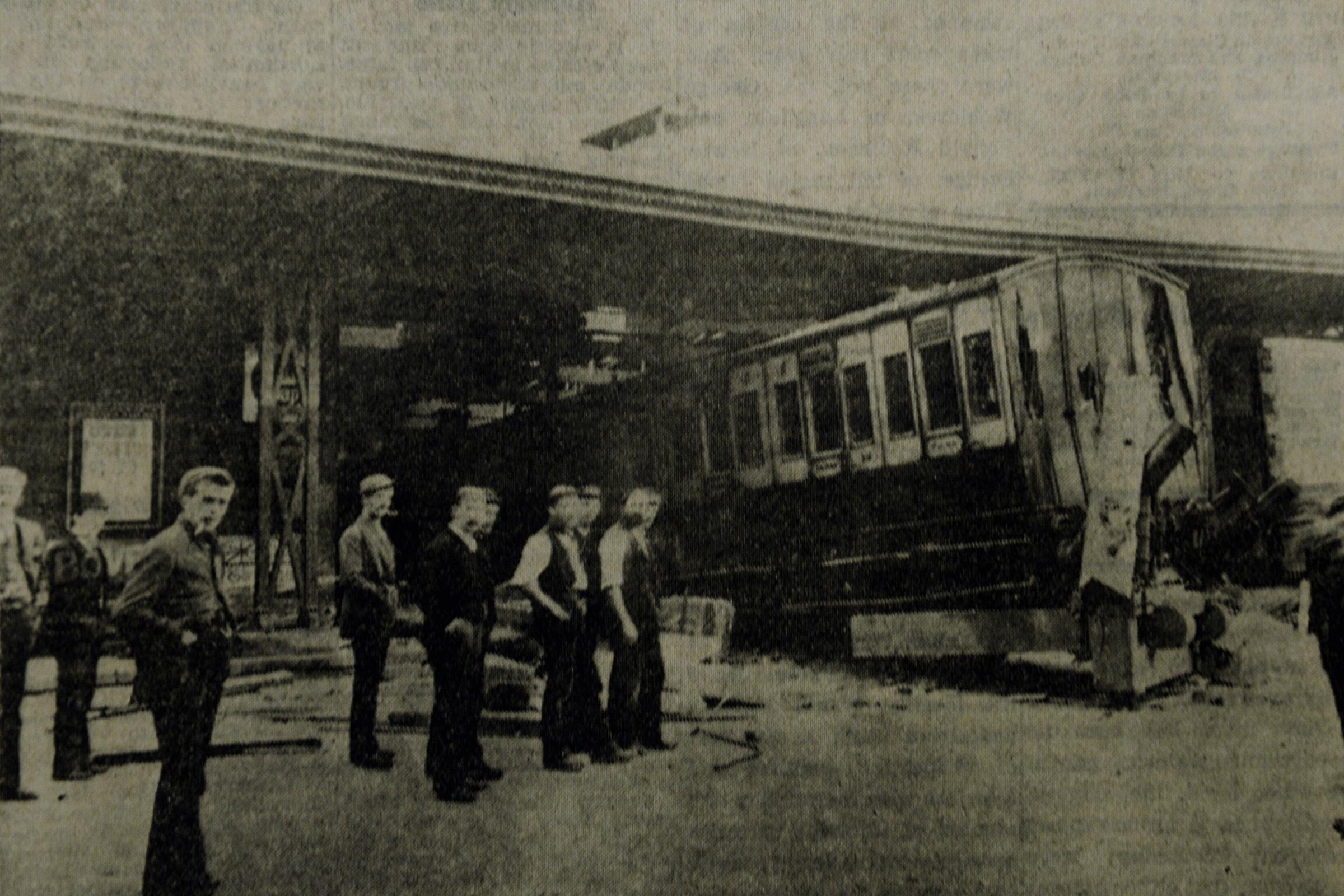 Railway crash at Windermere in 1902