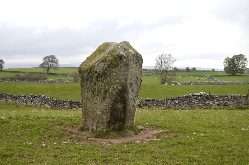 The path passes the 10-feet high Goggleby Stone, one of five megalithic monuments that form a two-mile line from South Shap stone circle to the Thunder Stone