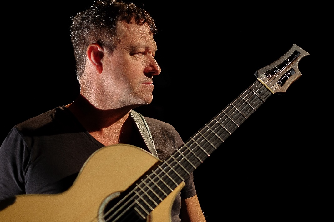 Richard Durrant 'Stringhenge' Album Launch Tour at Upfront Gallery