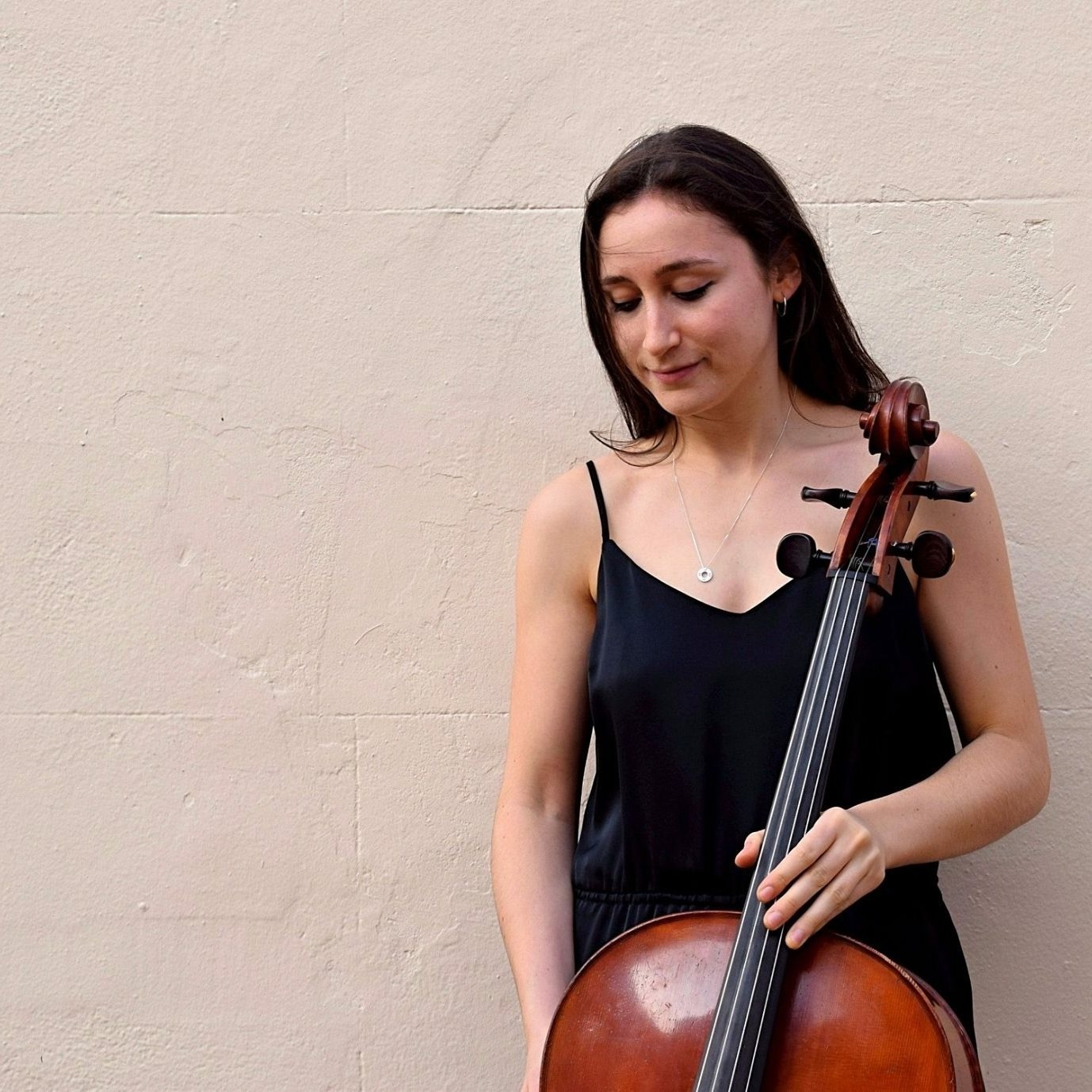 Cellist, Eliza Millet, is still completing her master's degree at the Royal Academy of Music but she showed during the LDSM recital that her playing has already reached a fully professional standard