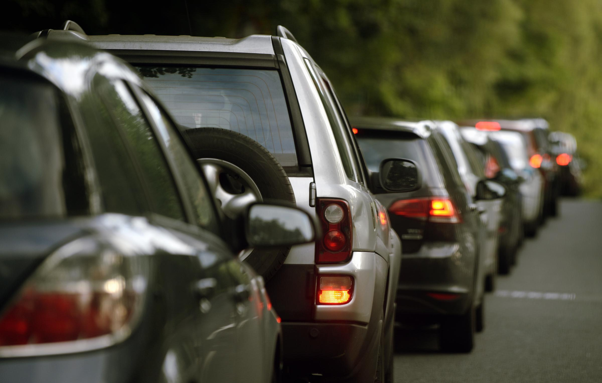 Reports of tailbacks on A590