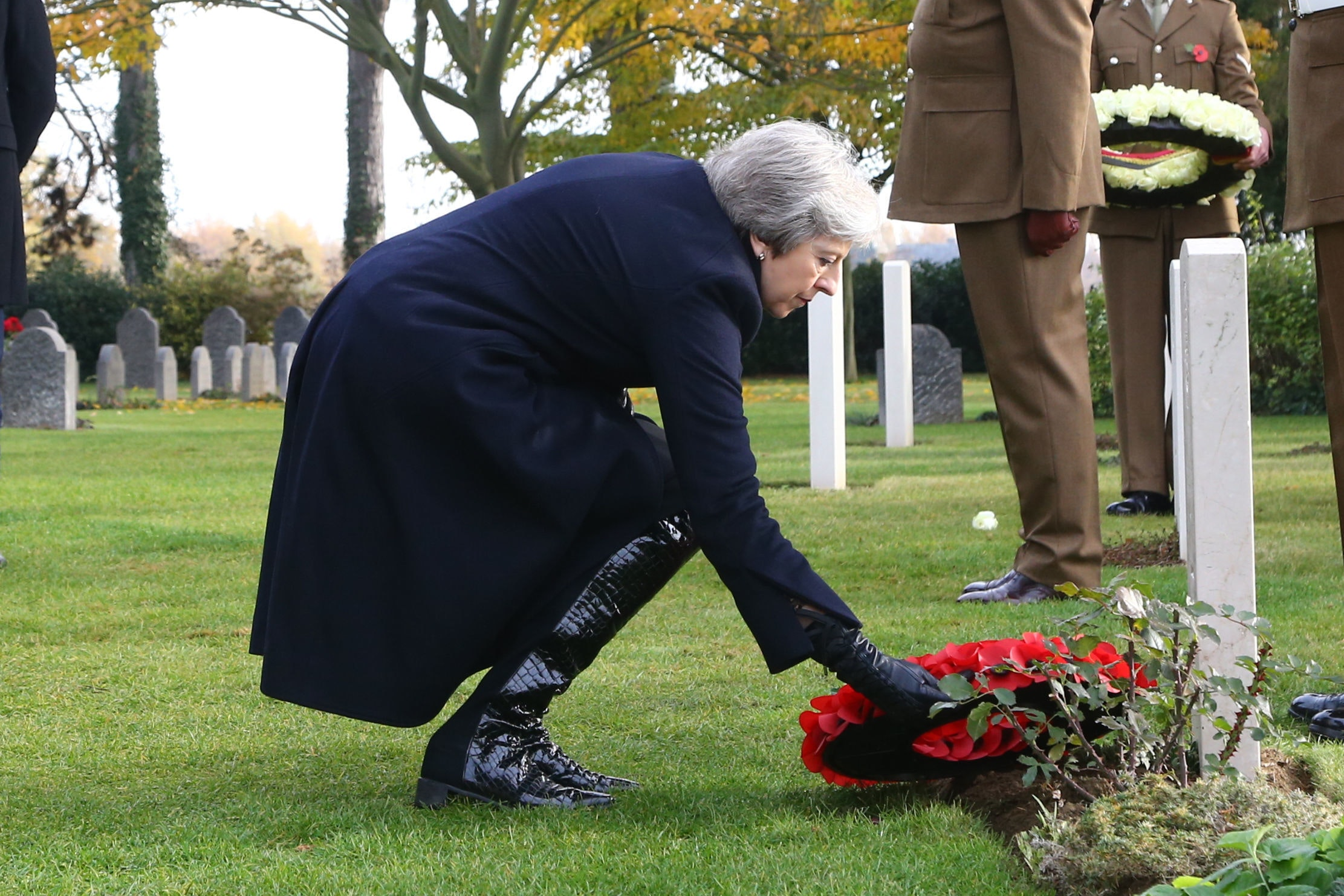 May Quotes First World War Poets In Tribute To Fallen Soldiers The