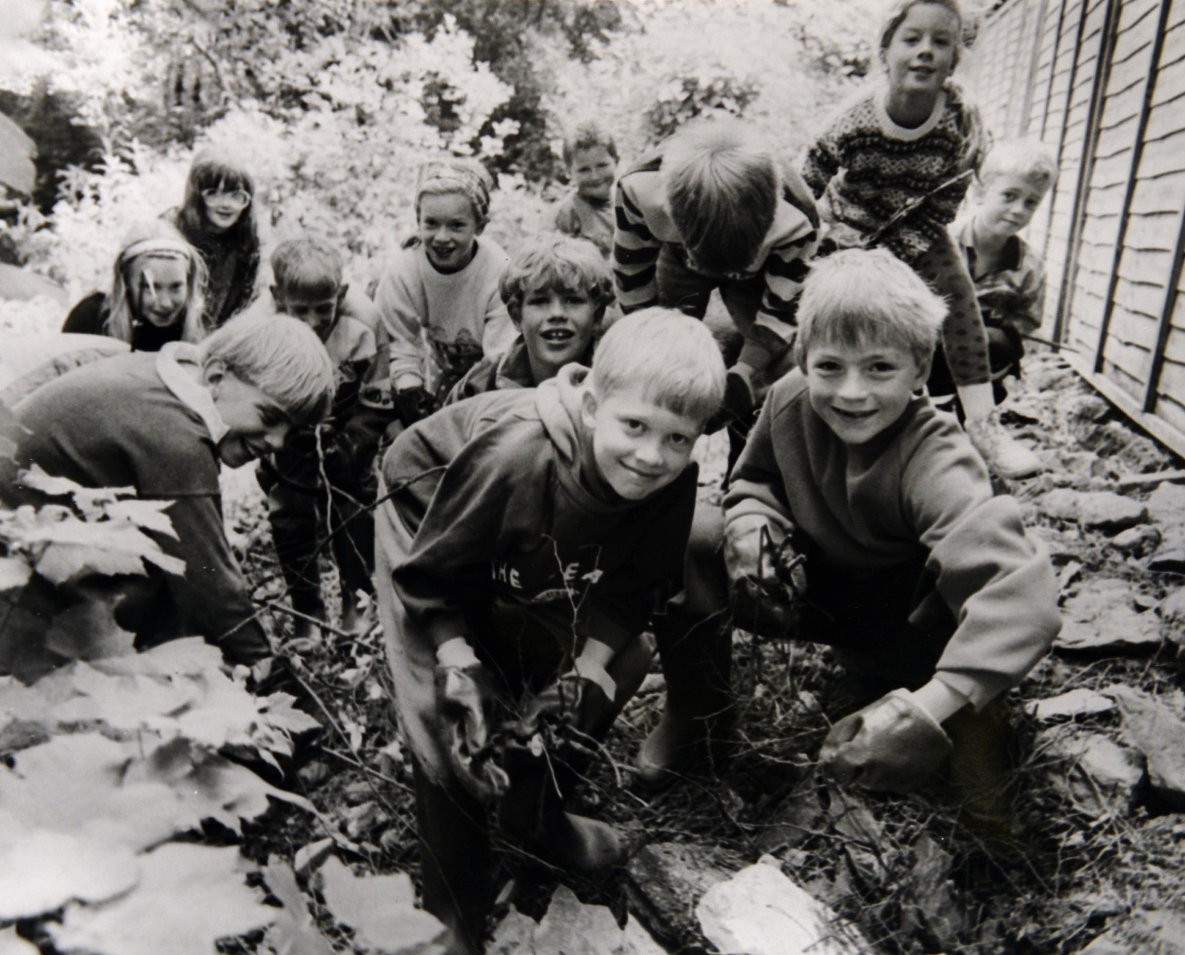 Arkholme Primary School pupils in 1994