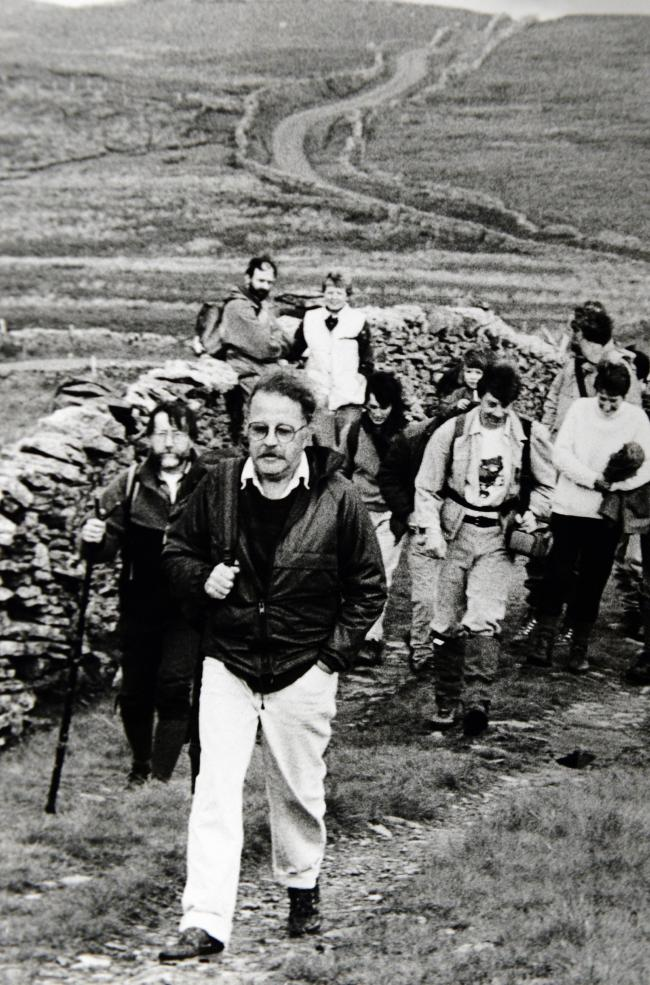 Mike Harding on the Settle-Carlisle footpath in 1990