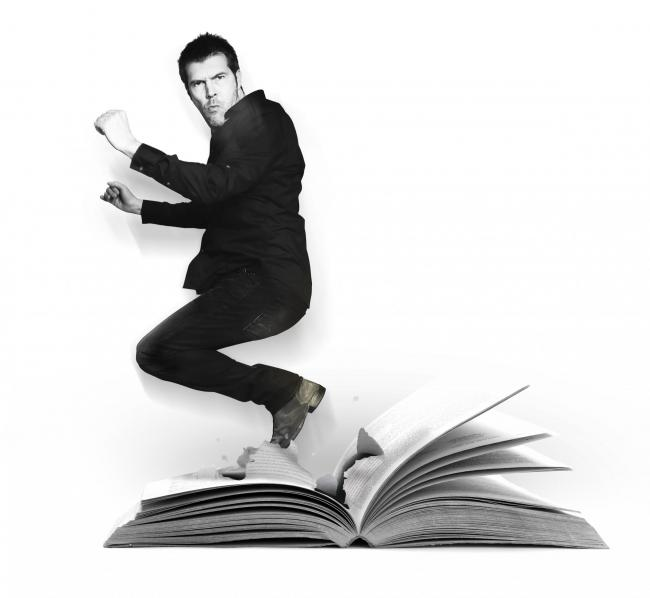 Comedian Rhod Gilbert to perform in Kendal