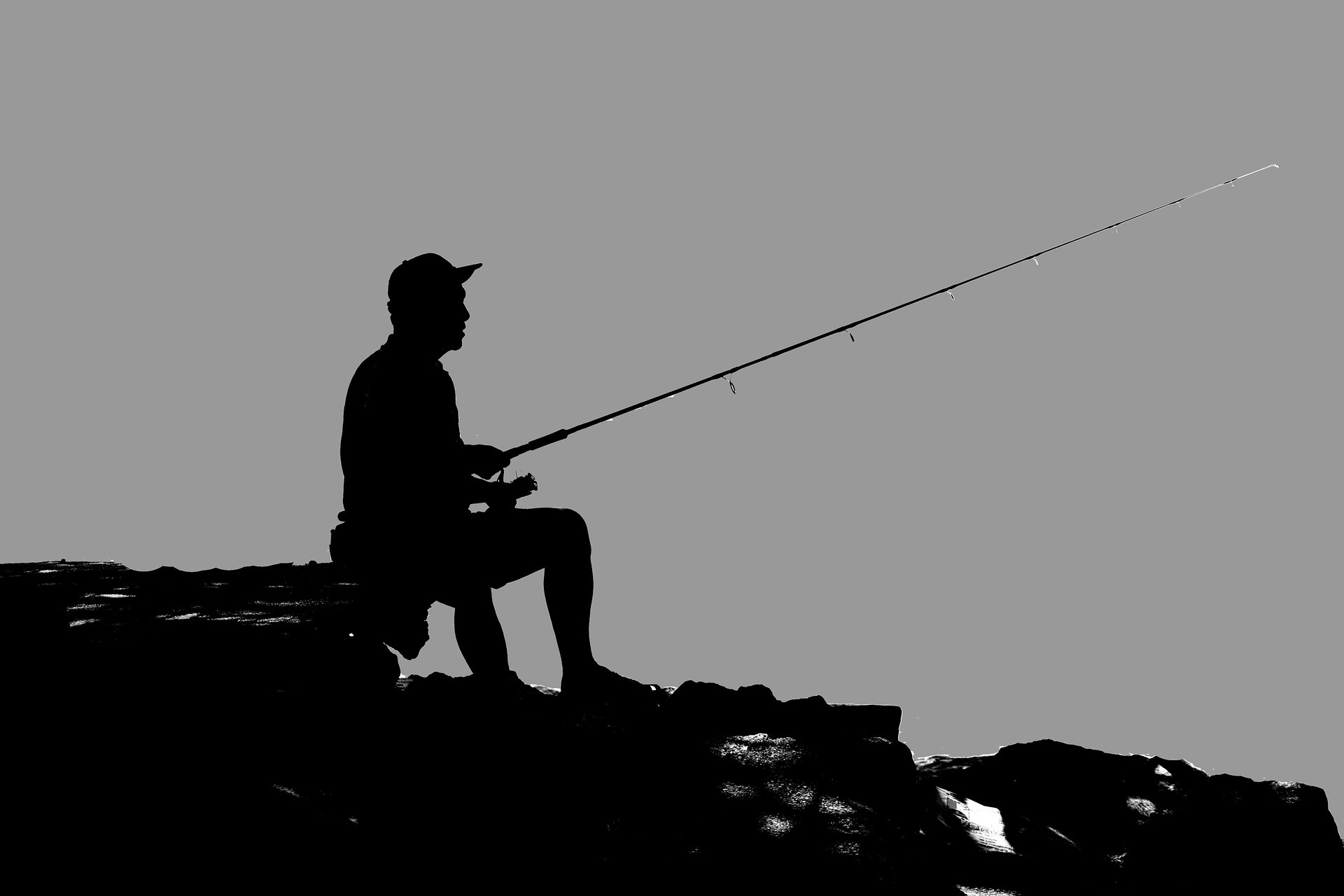 Anglers warned that coarse fishing is closed on rivers