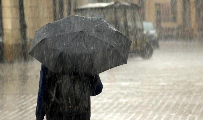 Heavy rain prompts Highways England warning to road users